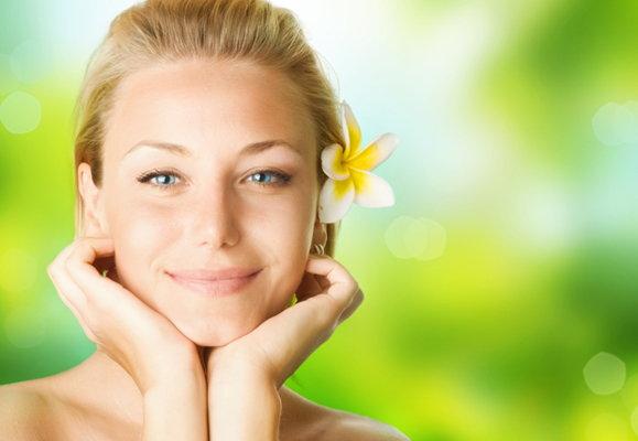 美容师建议的淡化细纹方式