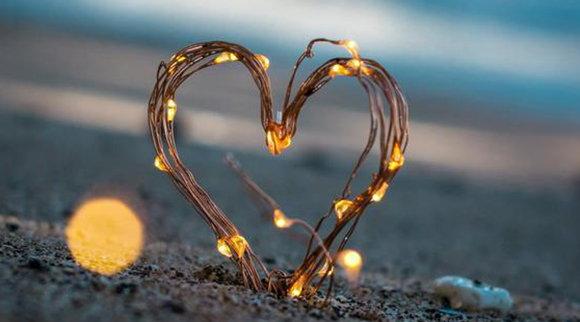 愛情的最高境界:愛你且慫